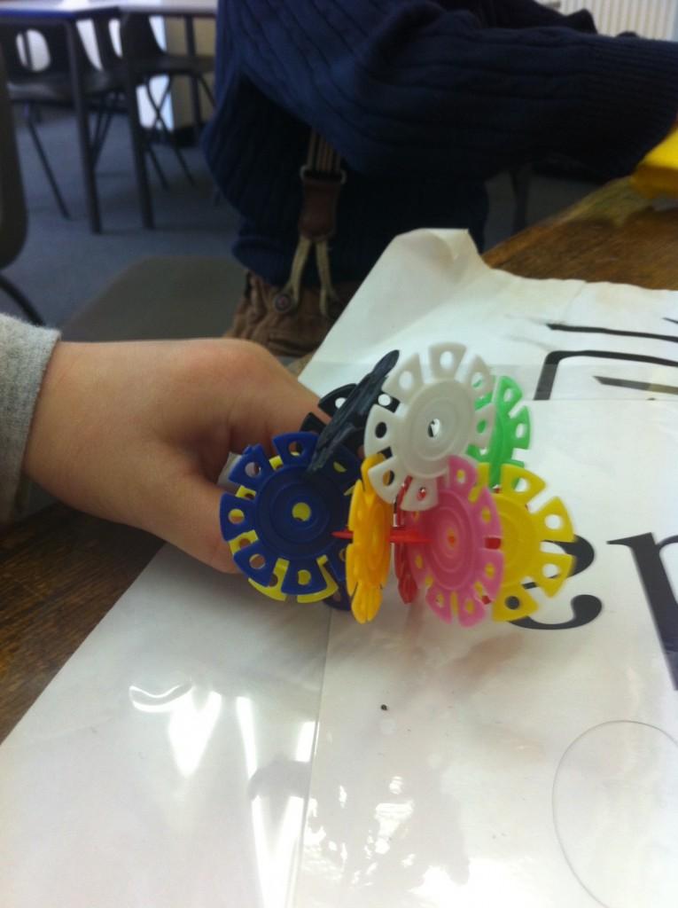 幼儿班学习颜色时的教具